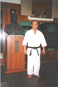 Ei'ichi Miyazato - click on the picture for a biography